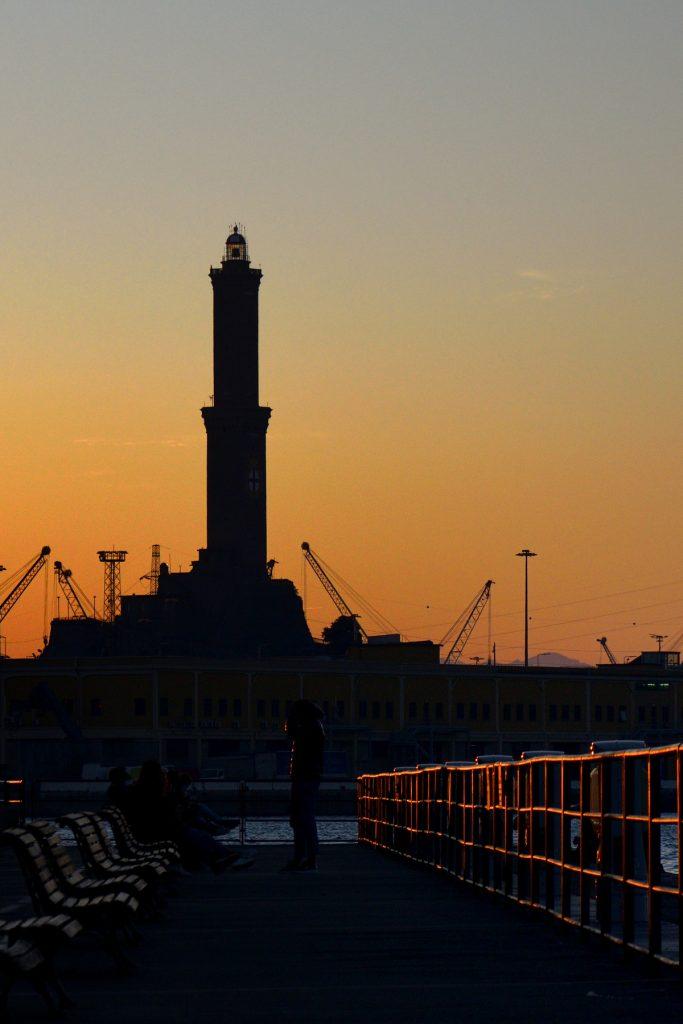 Silhouette della lanterna - Porto Antico - Genova